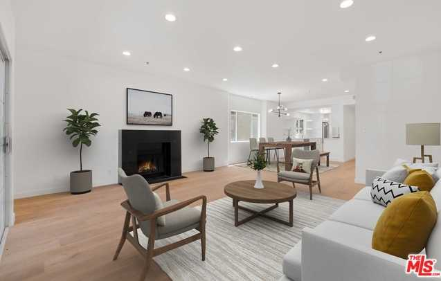 $930,000 - 2Br/2Ba -  for Sale in Los Angeles