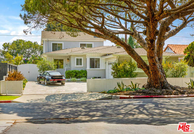 $2,299,000 - 3Br/3Ba -  for Sale in Los Angeles