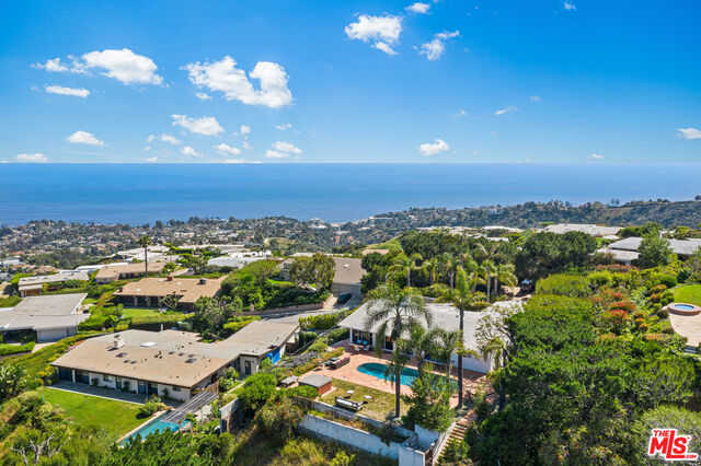$4,195,000 - 3Br/3Ba -  for Sale in Pacific Palisades