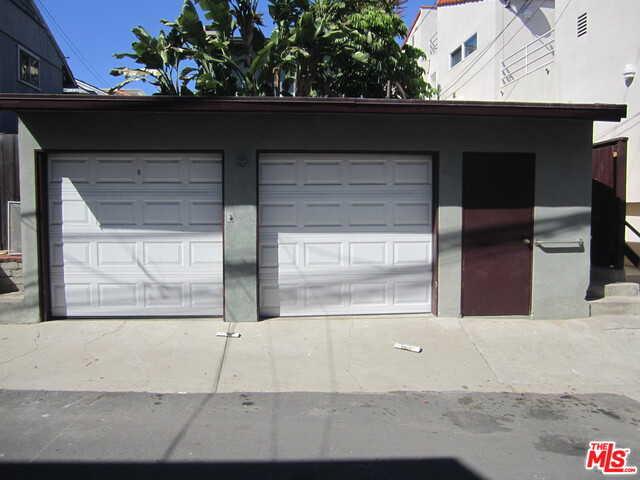 $3,500,000 - 3Br/2Ba -  for Sale in Manhattan Beach