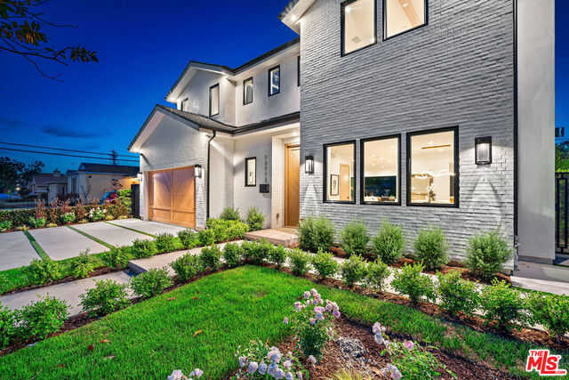 $3,250,000 - 5Br/5Ba -  for Sale in Los Angeles