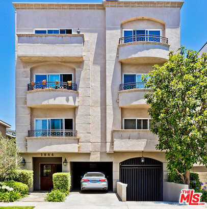 $895,000 - 2Br/3Ba -  for Sale in Westwood