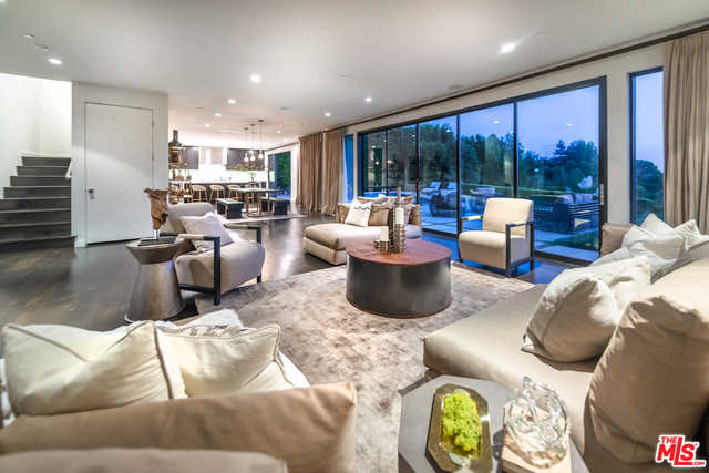 $4,799,000 - 5Br/6Ba -  for Sale in Beverly Hills