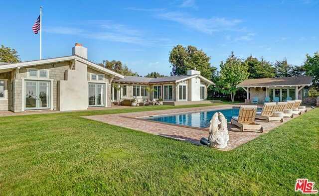 $12,450,000 - 5Br/5Ba -  for Sale in Malibu
