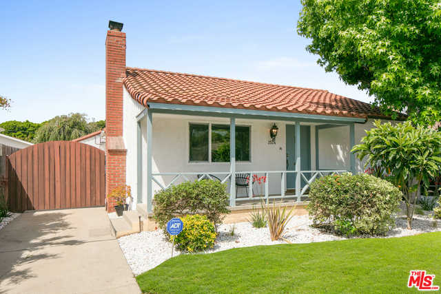 $1,995,000 - 3Br/2Ba -  for Sale in Santa Monica