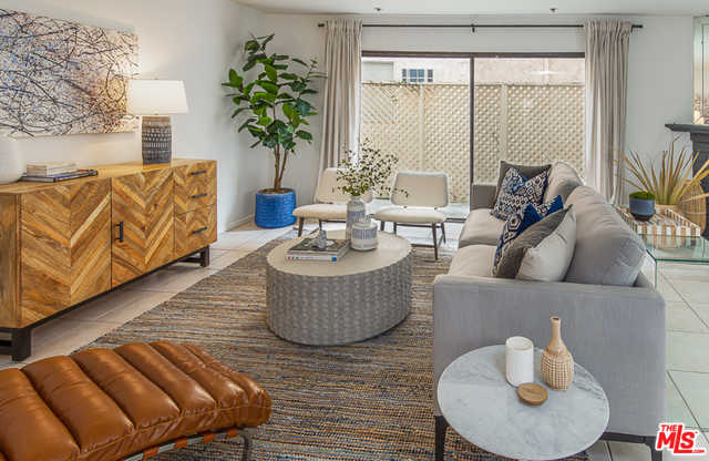 $775,000 - 2Br/3Ba -  for Sale in Los Angeles
