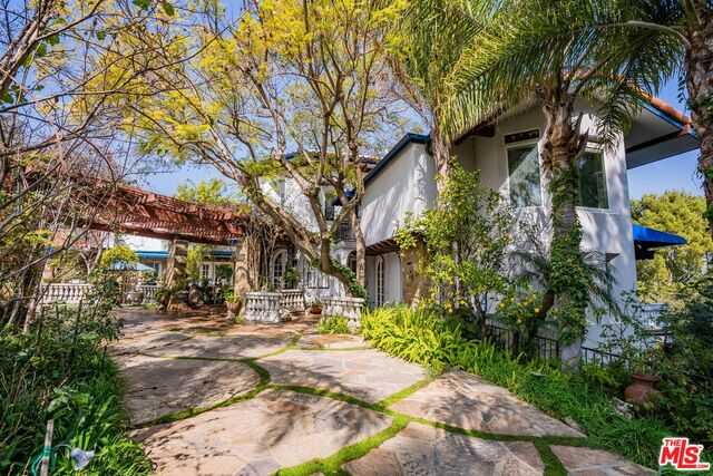 $4,495,000 - 7Br/Ba -  for Sale in Los Angeles