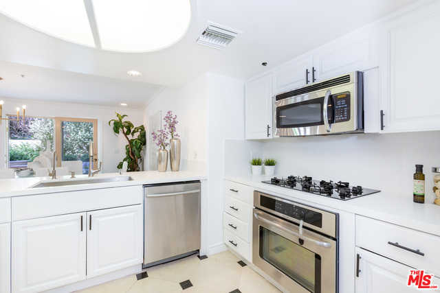 $829,000 - 2Br/3Ba -  for Sale in Los Angeles