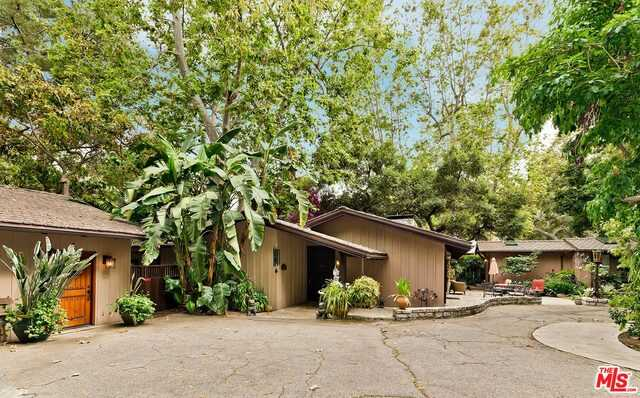 $6,800,000 - 4Br/5Ba -  for Sale in Pacific Palisades
