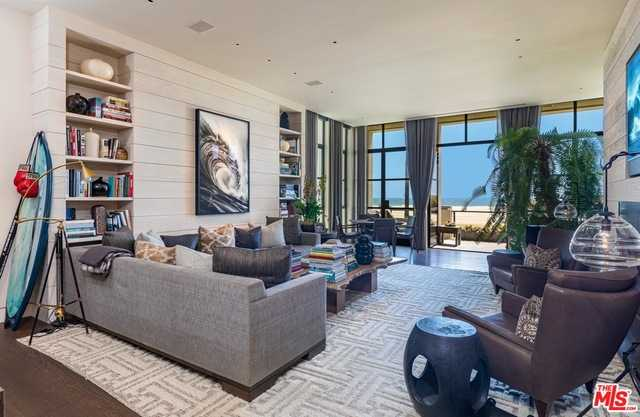 $7,995,000 - 3Br/4Ba -  for Sale in Venice