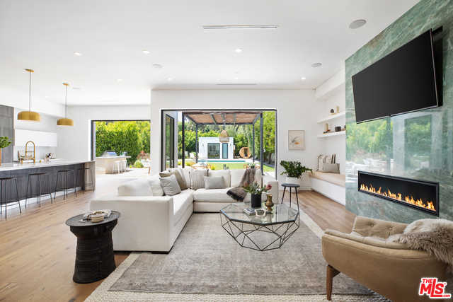 $4,495,000 - 5Br/Ba -  for Sale in Los Angeles