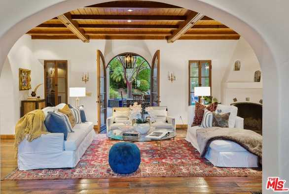 $7,950,000 - 5Br/Ba -  for Sale in Pacific Palisades