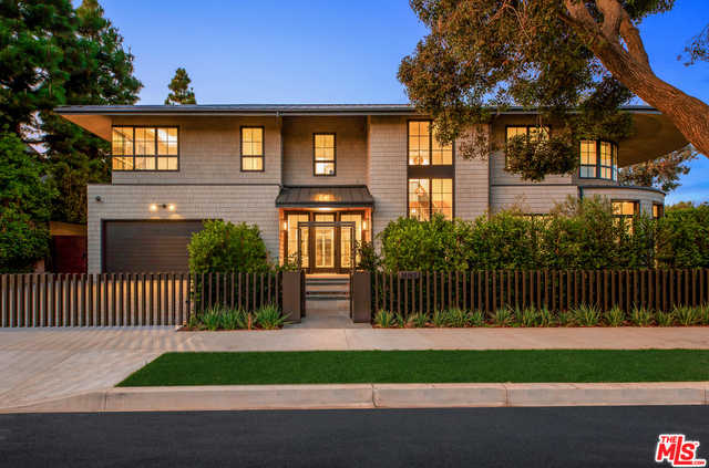 $13,995,000 - 7Br/Ba -  for Sale in Pacific Palisades