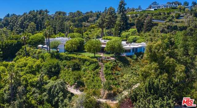 $17,995,000 - 4Br/Ba -  for Sale in Beverly Hills