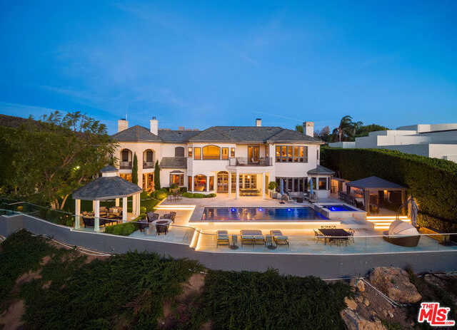 $11,500,000 - 6Br/Ba -  for Sale in Pacific Palisades