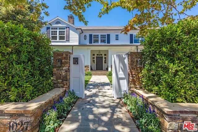 $11,500,000 - 7Br/Ba -  for Sale in Pacific Palisades