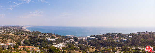 $10,000,000 - 3Br/Ba -  for Sale in Pacific Palisades