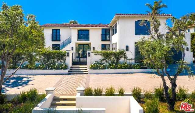 $7,599,000 - 5Br/Ba -  for Sale in Pacific Palisades