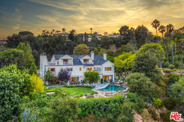 $10,799,000 - 8Br/Ba -  for Sale in Pacific Palisades