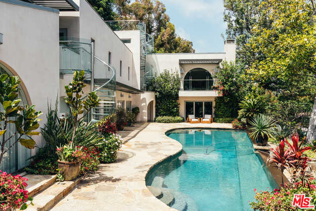 $11,000,000 - 5Br/Ba -  for Sale in Pacific Palisades