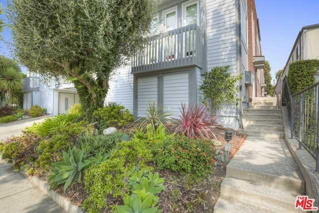 $1,150,000 - 2Br/Ba -  for Sale in Santa Monica
