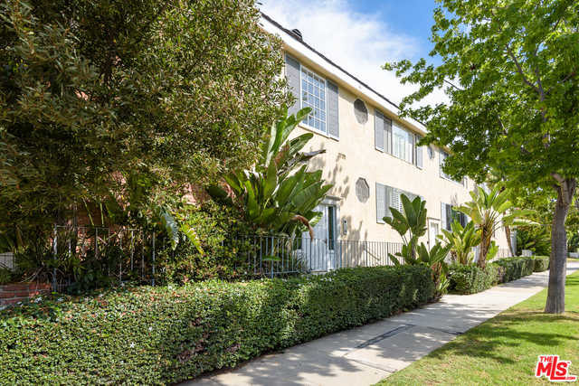 $879,000 - 2Br/Ba -  for Sale in Santa Monica