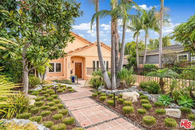 $2,997,000 - 4Br/Ba -  for Sale in Santa Monica