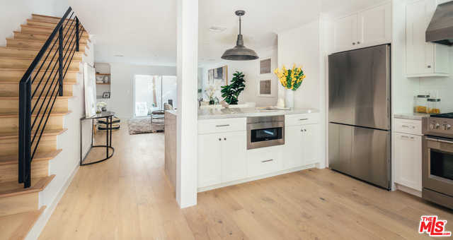 $1,350,000 - 2Br/Ba -  for Sale in Santa Monica