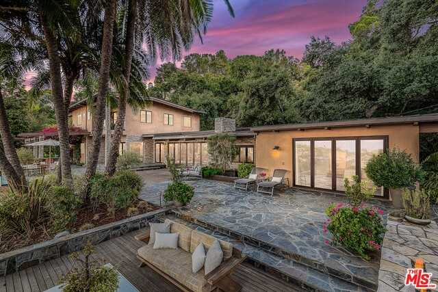 $3,600,000 - 5Br/Ba -  for Sale in Sherman Oaks