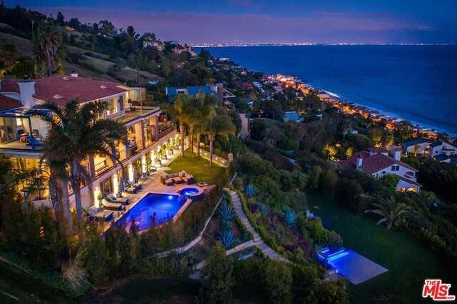 $30,000,000 - 7Br/Ba -  for Sale in Malibu