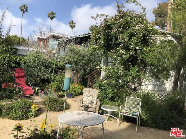 Photo of  754 1/2 California Ave