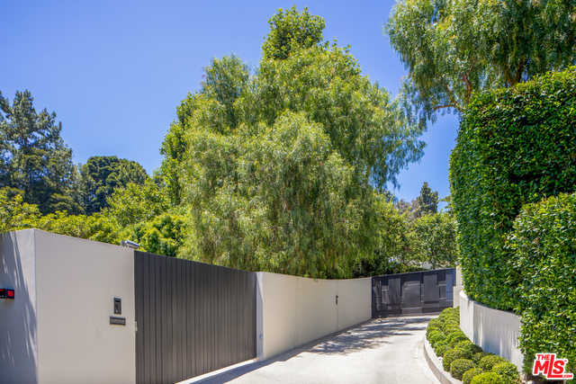 $85,000,000 - 7Br/Ba -  for Sale in Beverly Hills