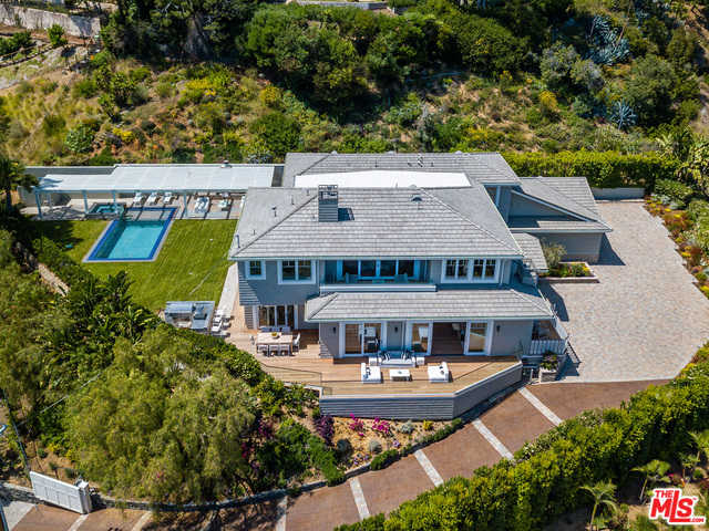 $10,995,000 - 5Br/Ba -  for Sale in Pacific Palisades