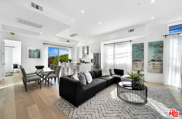 $1,199,000 - 4Br/Ba -  for Sale in Los Angeles