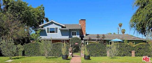 $2,590,000 - 5Br/Ba -  for Sale in Toluca Lake