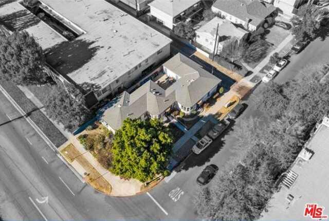 Photo of  12001 Magnolia Blvd