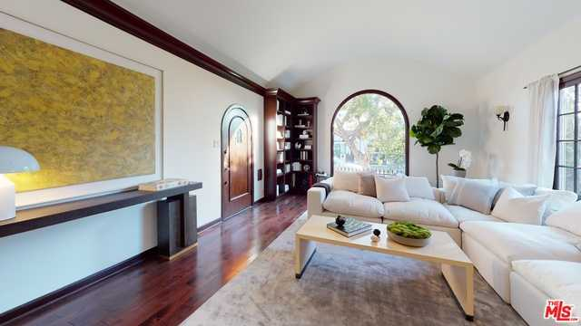 $2,299,950 - 4Br/Ba -  for Sale in Los Angeles