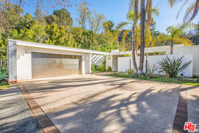 $6,850,000 - 4Br/Ba -  for Sale in Beverly Hills