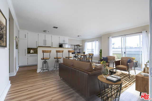 $539,000 - 1Br/Ba -  for Sale in Los Angeles