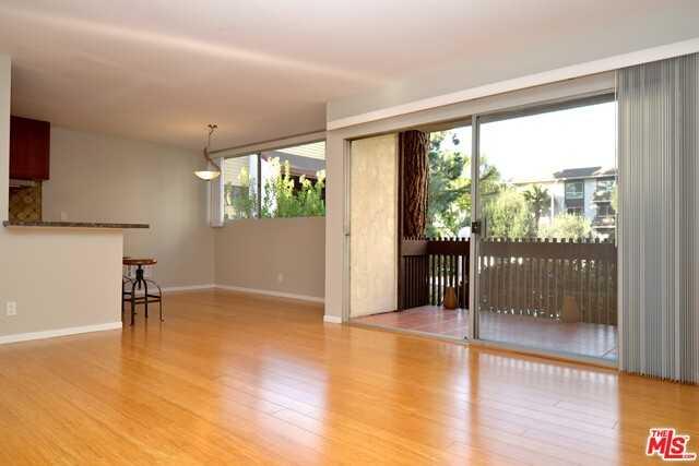 $620,000 - 2Br/Ba -  for Sale in Culver City