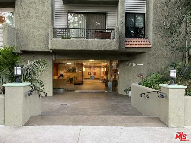 $925,000 - 2Br/Ba -  for Sale in Los Angeles