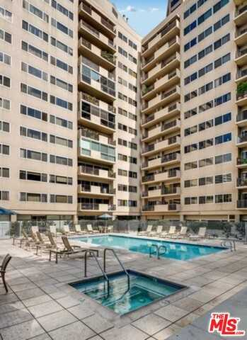 $840,000 - 2Br/Ba -  for Sale in Los Angeles