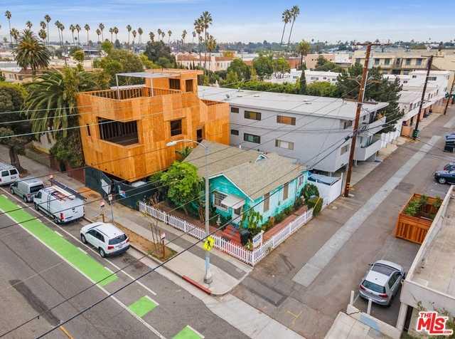 $1,699,000 - 2Br/Ba -  for Sale in Santa Monica