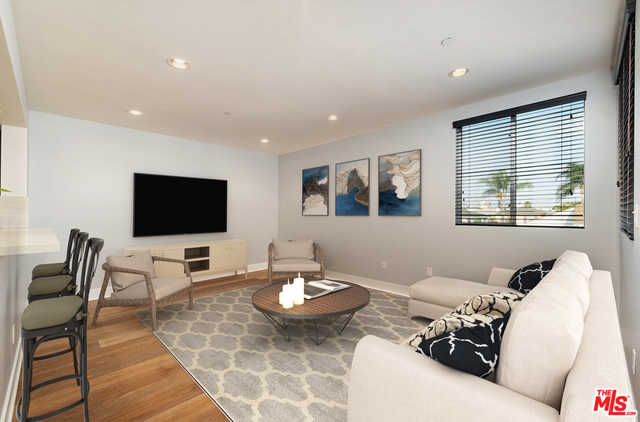 $1,170,000 - 4Br/Ba -  for Sale in Los Angeles