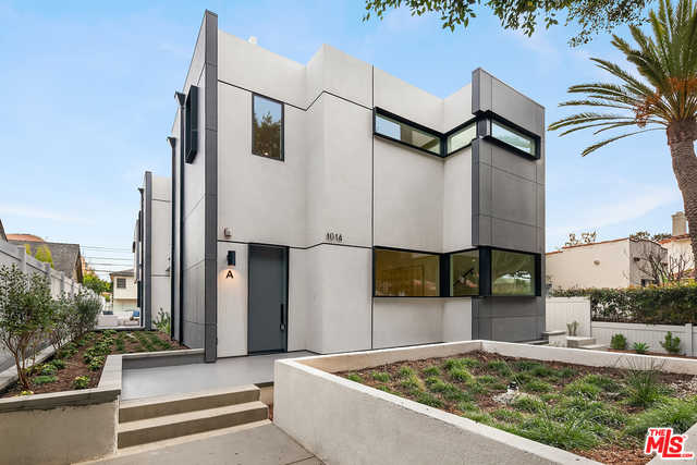 $2,395,000 - 3Br/Ba -  for Sale in Santa Monica