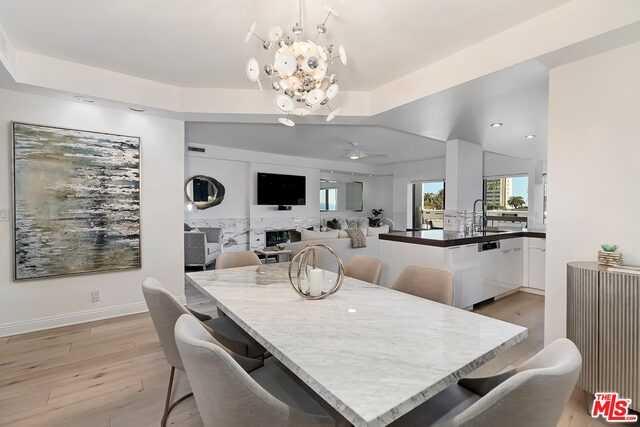 $3,295,000 - 3Br/Ba -  for Sale in Santa Monica