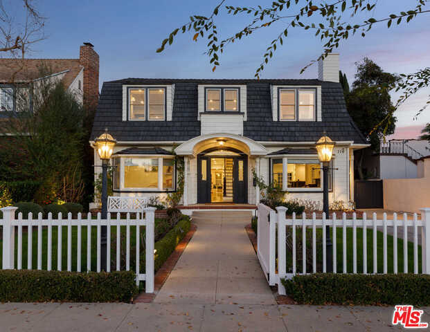 $5,195,000 - 5Br/Ba -  for Sale in Beverly Hills