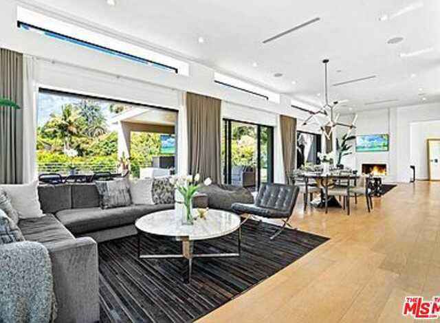 $6,995,000 - 5Br/Ba -  for Sale in Beverly Hills
