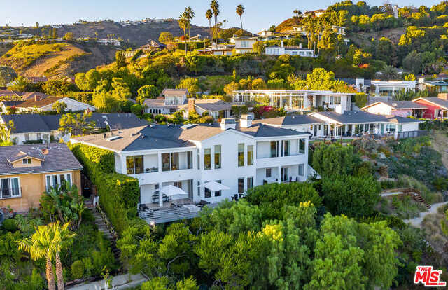 $5,900,000 - 5Br/Ba -  for Sale in Pacific Palisades