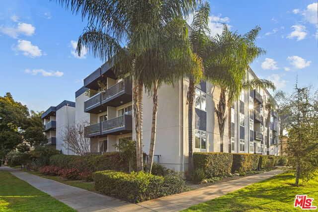 $1,249,000 - 2Br/Ba -  for Sale in Santa Monica